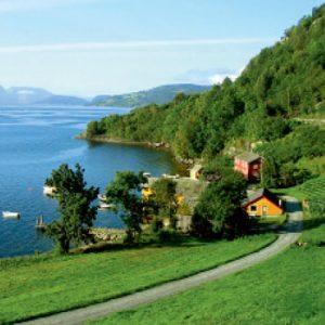 Fjords Magníficos e Helsinki / 13 dias