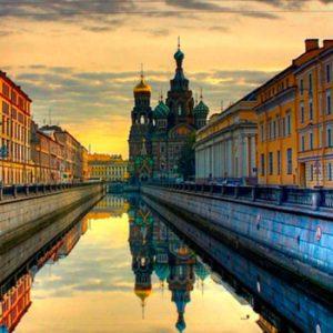Stopover em St Petersburg em Privativo